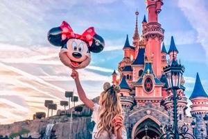 Disneyland Paris riapre il 15 luglio. Ingressi contingentati e niente parate